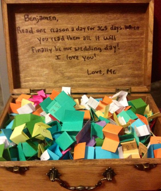 365 Reasons I Love You And Thats Just The First Year 23 Firt Anniversary Gift Ideas